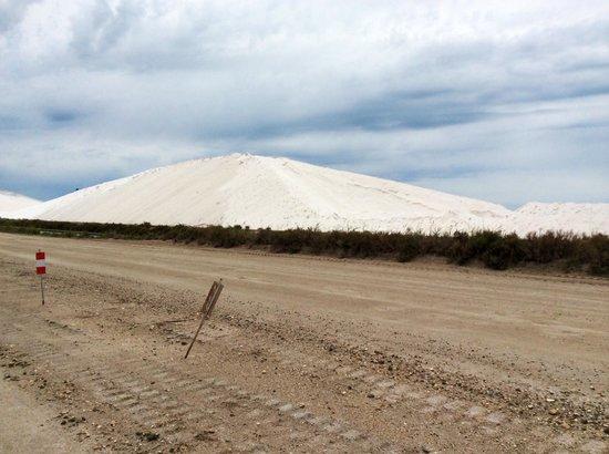 Salin d'Aigues-Mortes : Collina di sale