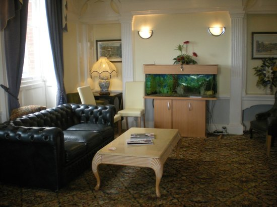 The Lanes Hotel: Lounge