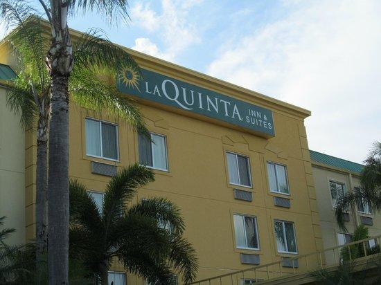 La Quinta Inn & Suites Sunrise Sawgrass Mills: faixada