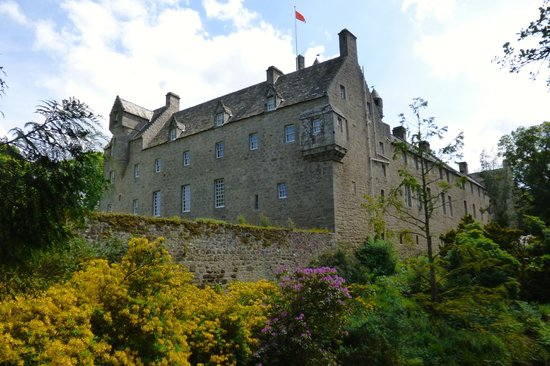 Cawdor Castle: From the river side.