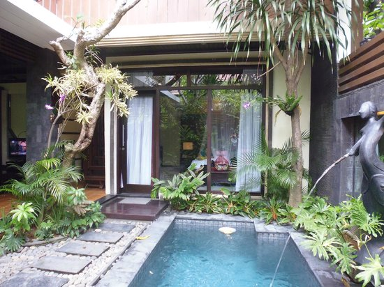 The Bali Dream Villa Seminyak : Bedroom on ground level