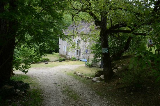 Moulin de Latreille : t the end of 2km rough drive down hill from Cales -