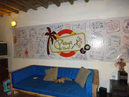 Playa del Ritmo, Beach Hostel & Bar: Living