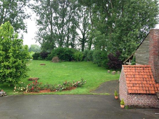 Au Cheval Noir Vue sur le Jardin
