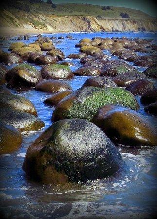 Schooner Gulch State Beach: The famous bowling balls.