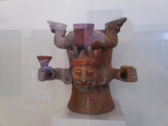 Museo Maya de Cancun : Mayan Artifact