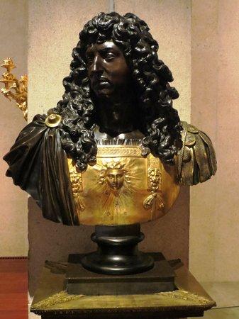 Musée Calouste-Gulbenkian : louie bust