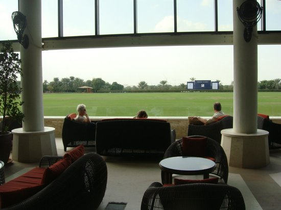 Desert Palm PER AQUUM: Bar area overlooking the main polo field