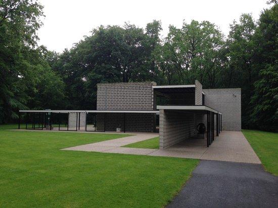 Kroller-Muller Museum: From the Garden