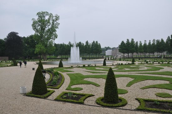 Paleis Het Loo: The Manicured Garden