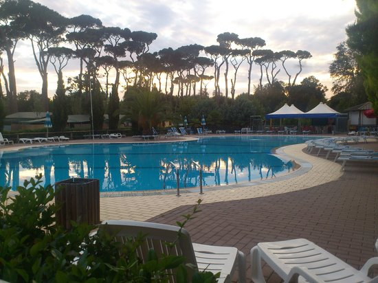 Villaggio camping paradiso updated 2016 campground - Bagno arizona viareggio ...