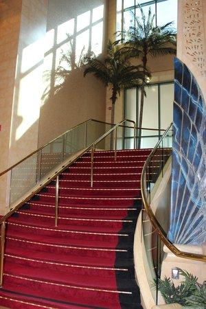 Crowne Plaza Los Angeles - Commerce Casino: Muy bien mantenidas las instalaciones generales
