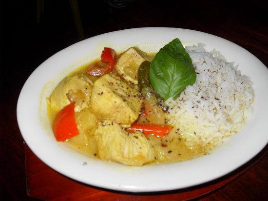 Le Patio: Chicken Curry