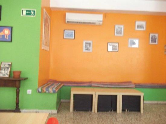 Indigo Youth Hostel: coin salon
