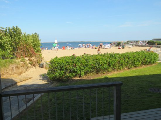 Provincetown Inn Resort & Conference Center: View of small beach from Waterview Inn room