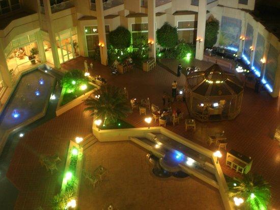Hurghada Marriott Beach Resort : Plaza Area