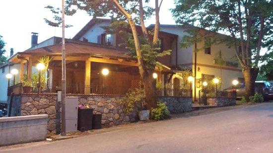 Il Casale di D'Avalos  Hotel-Ristorante-Pizzeria