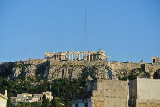 O&B Athens Boutique Hotel: vue depuis la terrasse