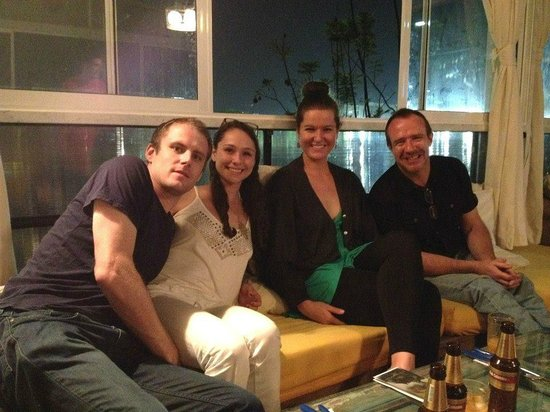 International House Medellin: More satisfied guests on the rooftop