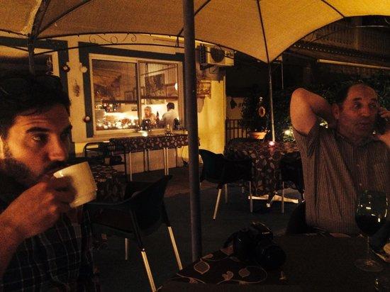 Oliveira Dourada: Outside terrace
