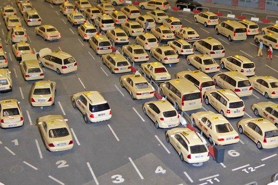 Miniatur Wunderland: Taxistand am Flughafen