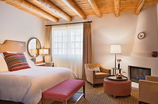 Rosewood Inn of the Anasazi: Traditional King