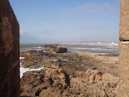 Sofitel Essaouira Mogador Golf & Spa: Vue depuis un bastion