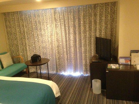 Hotel Universal Port: 房間