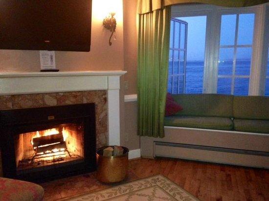 Spindrift Inn: our room