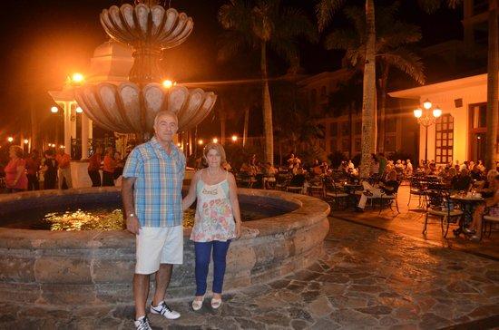 Hotel Riu Palace Punta Cana : plaza central