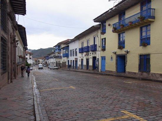Hotel Costa Del Sol Ramada Cusco: ホテル前