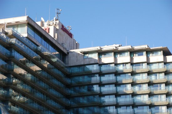 Budapest Marriott Hotel: The closeup of hotel as seen from Danube