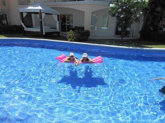 Majestic Elegance Punta Cana : Club pool