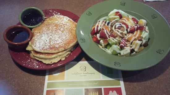 Wildflower Bread Company: Ricotta & Lemon pancakes and Fruit Salad