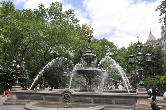 city hall park picture of real new york tours new york city tripadvisor. Black Bedroom Furniture Sets. Home Design Ideas