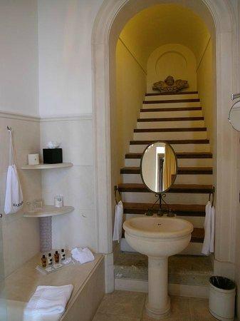 La Posta Vecchia Hotel: Bath