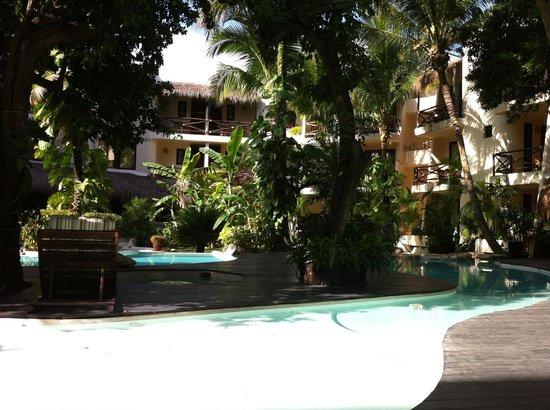 La Tortuga Hotel & Spa: Piscina e Hotel