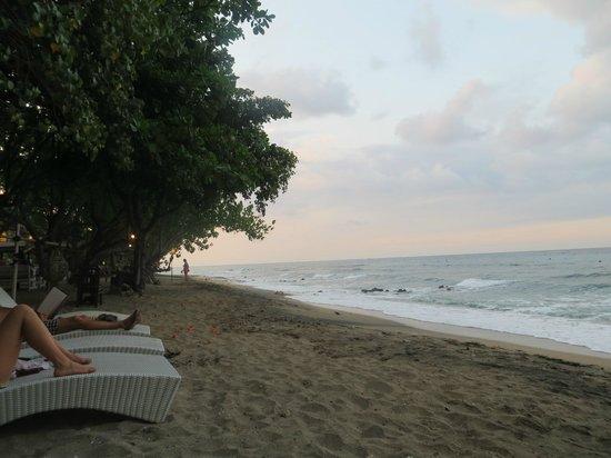 Taman Sari Bali Resort & Spa : Hotel-Strand
