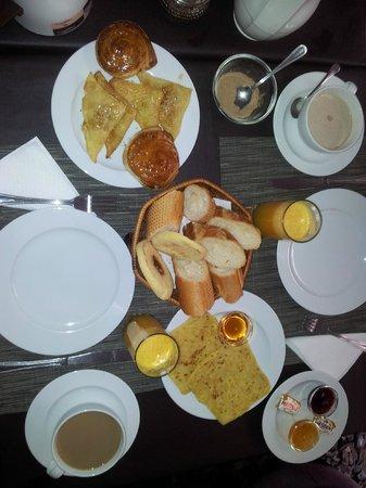 Ryad Amiran: Desayuno