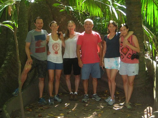 Olingo Surf and Nature Experiences: Family picture at Curu Wildlife Refuge