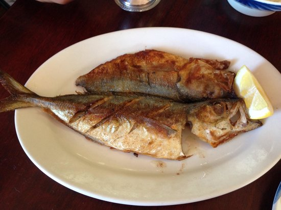 Manago Hotel & Restaurant: Fresh Fried Akule Fish