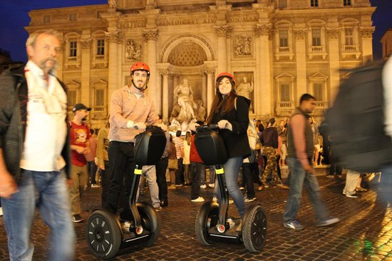 Rolling Rome Tours & Rents: Rolling Rome by Night Segway Tour Trevi Fountain