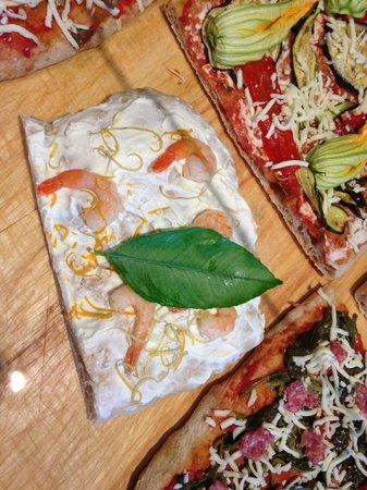 Lievita...: Ricotta, agrumi e code di gamberetto!
