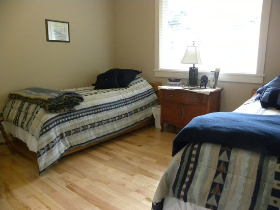 Hillcrest Ave Bed & Breakfast: Twin Room