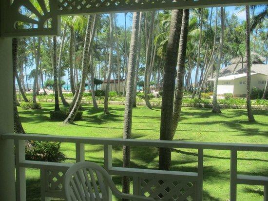 Vista Sol Punta Cana: Hermosos jardines y la playa