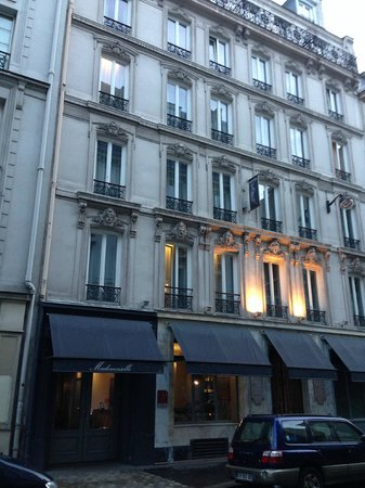 Hôtel Mademoiselle : Outside view of hotel