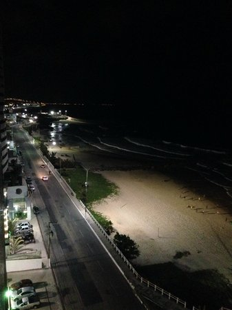 Intercity Natal: Vista noturna pela sacada