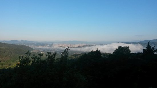 Casale Fontibucci: View in the morning... clouds below us!