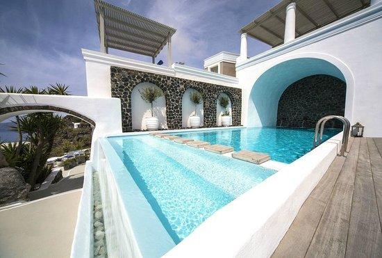 Iconic Santorini, a boutique cave hotel: Pool Area