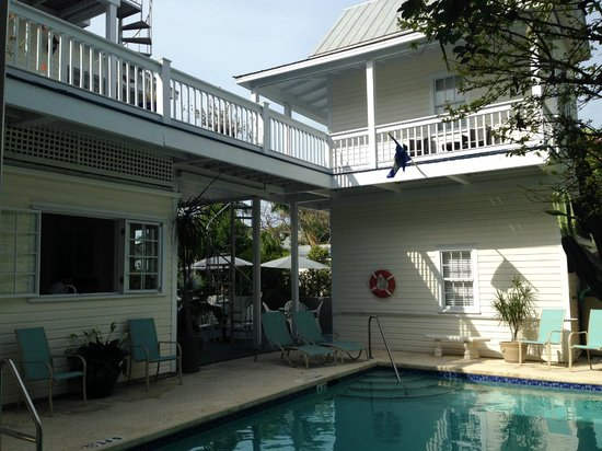 Azul Key West: Vista camere e piscina